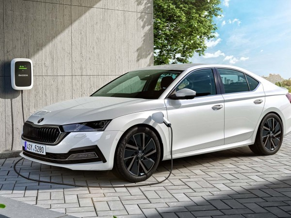 La nouvelle Skoda Octavia (2020) passe à l'hybride