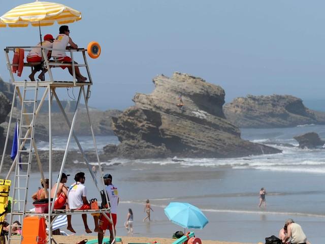Covid-19: le masque obligatoire sur la côte basque et dans l'Hérault