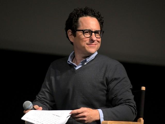 """""""Star Wars, épisode IX"""" est """"plus audacieux"""" que """"Star Wars VII"""", selon J.J. Abrams"""
