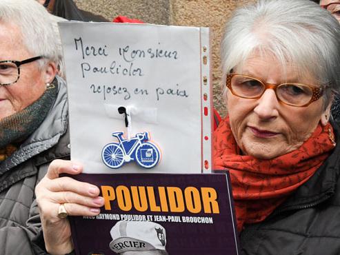 """Amis, champions et anonymes au dernier hommage à Raymond Poulidor: """"C'est sûr, ça fait un grand vide"""""""
