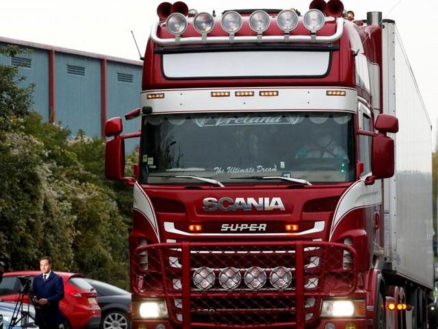 39 morts à bord d'un camion en Angleterre: la police publie les noms des victimes vietnamiennes, deux ados de 15 ans étaient à bord