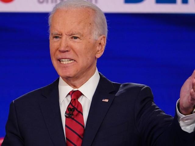 """Biden, pour qui un homme noir votant Trump n'est """"pas noir"""", accusé de racisme par son rival"""