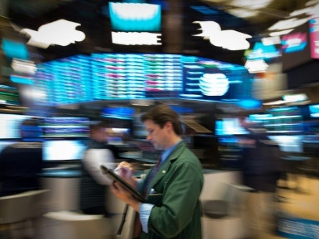 Wall Street, scrutant Washington, prudente à l'ouverture