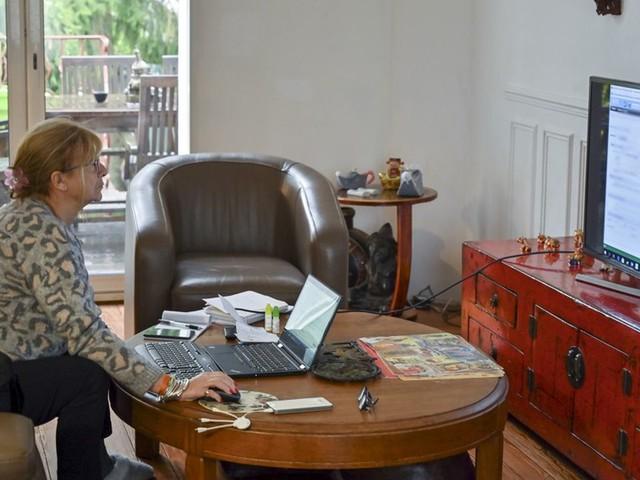 Grève sur les retraites: comment les entreprises se convertissent au télétravail