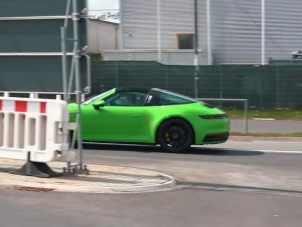 Voici la future Porsche 911 Targa