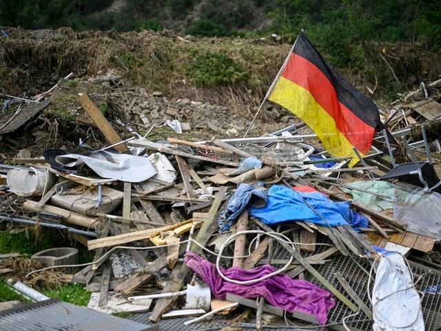 Dérèglement climatique : vivre avec les catastrophes 4/4 : Allemagne : l'élève modèle piégé par les crues