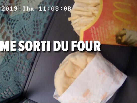 La vidéo ANGOISSANTE du jour: ce site vous permet de suivre l'agonie d'un burger-frites périmé depuis 10 ans