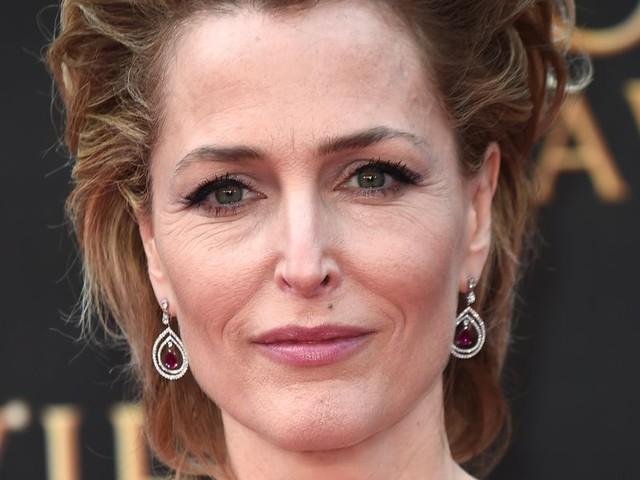 """The Crown"": Gillian Anderson métamorphosée en Margaret Thatcher"