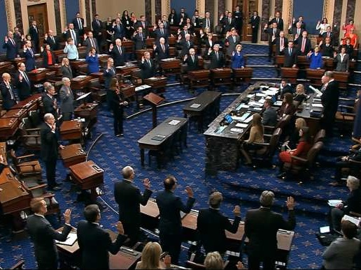 Le Sénat a ouvert solennellement le procès en destitution de Donald Trump