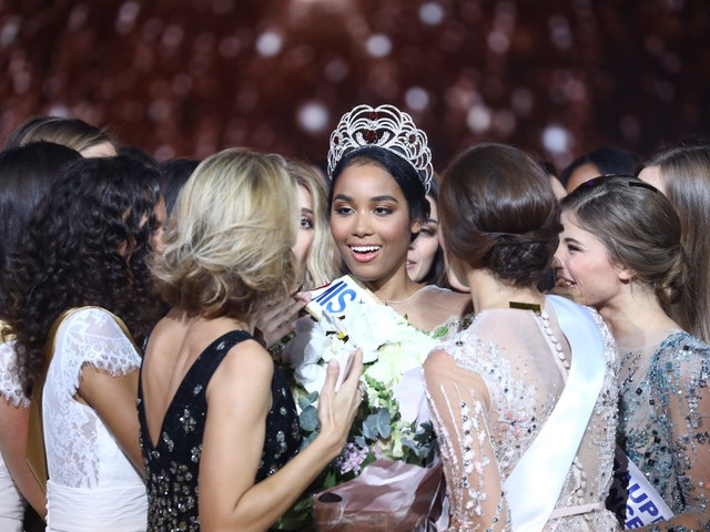 Miss France 2020 : Clémence Botino en couple ? Sa réponse cash