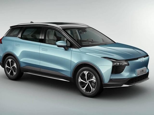 Aiways U5 : la voiture électrique avec 500 km d'autonomie arrive en Europe à 25 000 €
