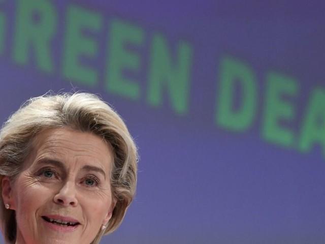 """Climat: Fioul domestique, voiture essence, avion... L'UE dévoile son projet """"big bang"""""""