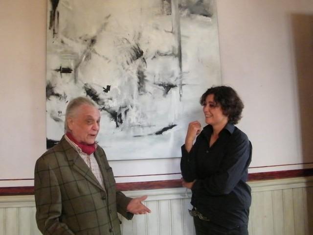 Anna Camille expose ses œuvres à la galerie locale de Saint-Laurent de la Cabrerisse