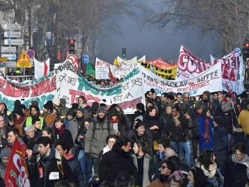 Retraites : le Conseil d'État offre des arguments aux opposants