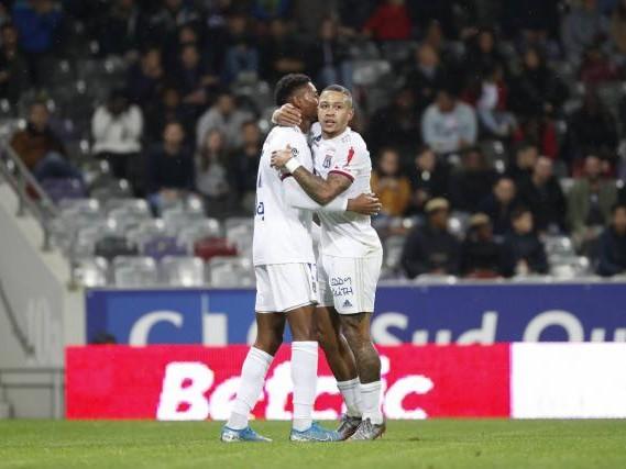Foot - L1 - Ligue 1 : Lyon arrache la victoire à Toulouse grâce à Memphis Depay