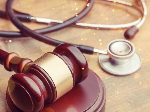 Violences faites aux femmes: la levée du secret médical fâche ces médecins
