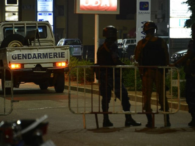 "Burkina Faso: ""attaque terroriste"" meurtrière contre un restaurant à Ouagadougou"