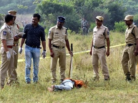 Inde: quatre suspects d'un viol qui a révulsé l'Inde abattus par la police