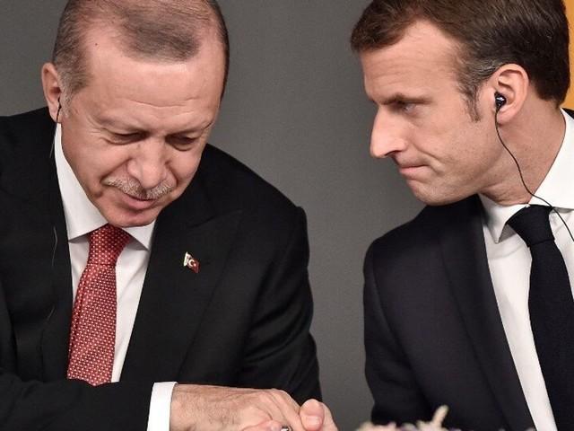 """Entre la Turquie et la France, la détente se confirme, mais Macron attend """"des gestes tangibles"""""""