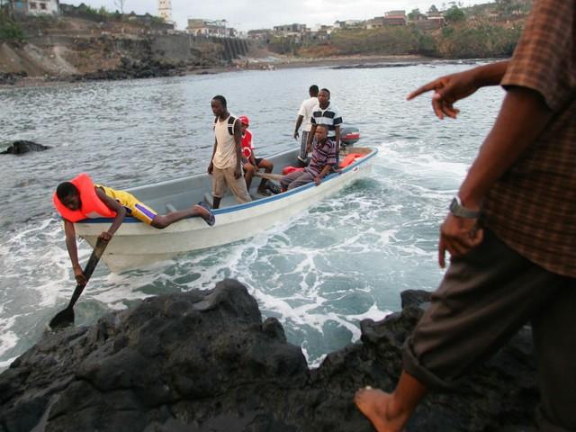 VIDEO. Mayotte : la France à portée de bateaux pour les clandestins venus de toute l'Afrique et même de la péninsule arabique