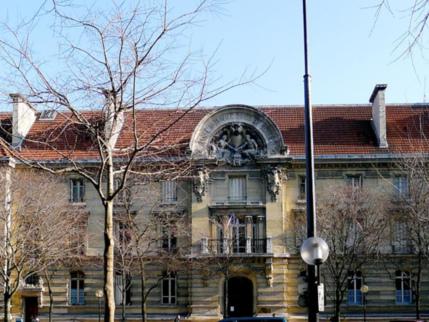 Bizutage: l'Ecole des arts et métiers interdit définitivement les périodes d'intégration