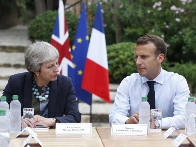 Brexit: Macron a reçu Theresa May au fort de Brégançon