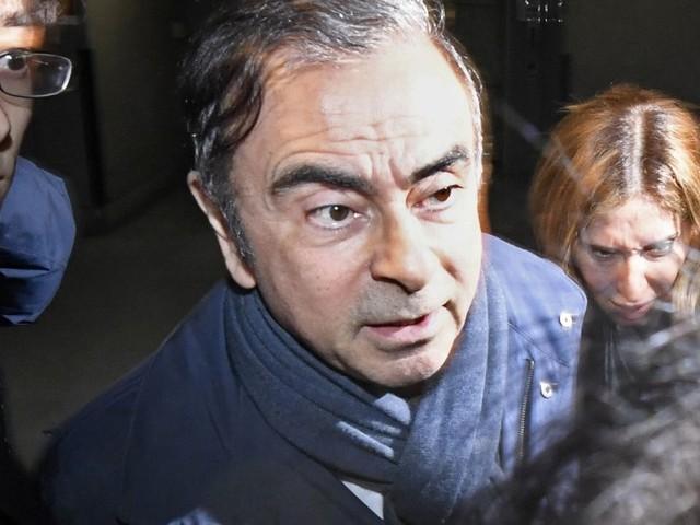 Nissan maintient ses poursuites contre Carlos Ghosn réfugié au Liban