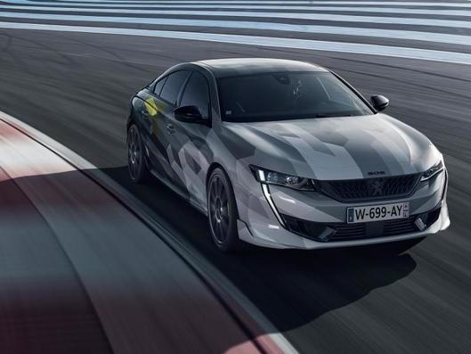 Peugeot 508 PSE: la sportive hybride se montre sur circuit