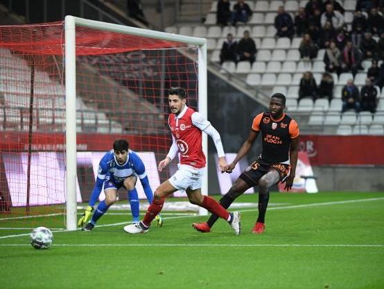 Foot - Transferts - Lorient prête Ibrahima Conte aux Chamois Niortais