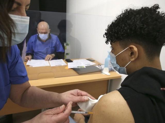 Vous hésitez à vous faire vacciner? Les réponses aux questions qui vous font douter