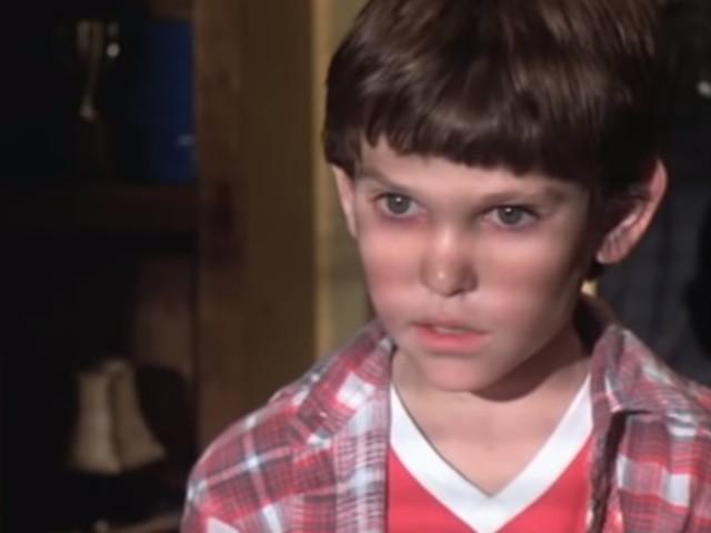 """États-Unis : pourquoi Henry Thomas, acteur star du film """"E.T."""", a-t-il été arrêté ?"""