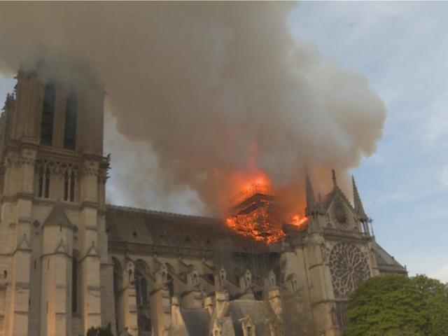 """Le documentaire évènement """"Notre Dame, l'épreuve du feu"""", le 15 septembre sur National Geographic"""