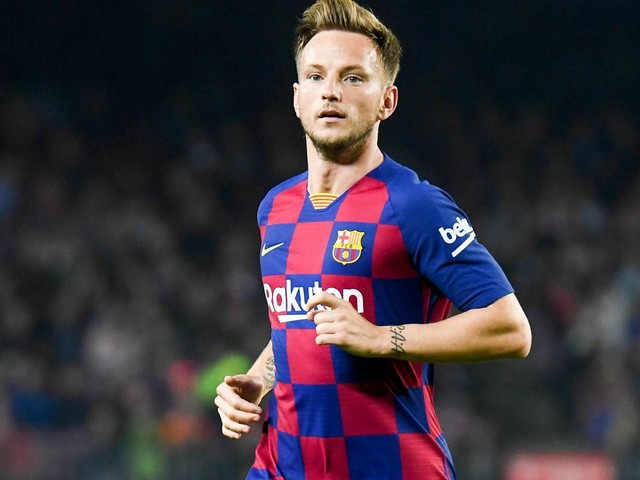 Mercato - Barcelone : L'avenir de Rakitic directement lié à une piste du PSG ?