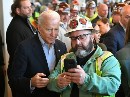 Le Michigan aux urnes, Biden espère creuser l'écart sur Sanders