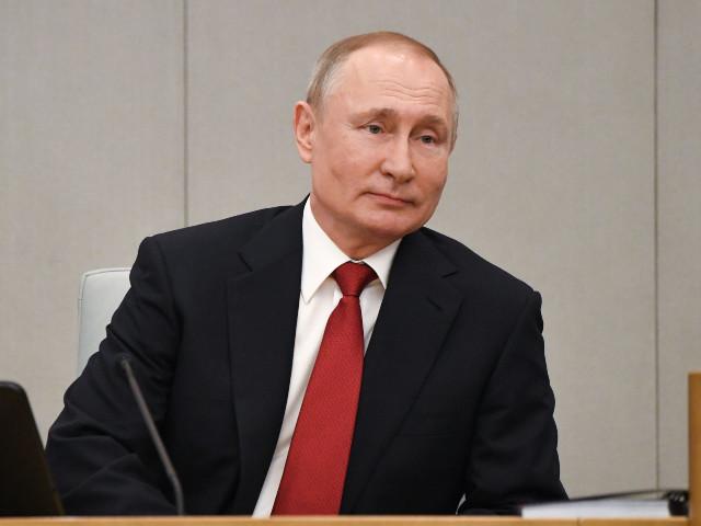 Russie : les députés ouvrent la voie à une candidature de Poutine en 2024