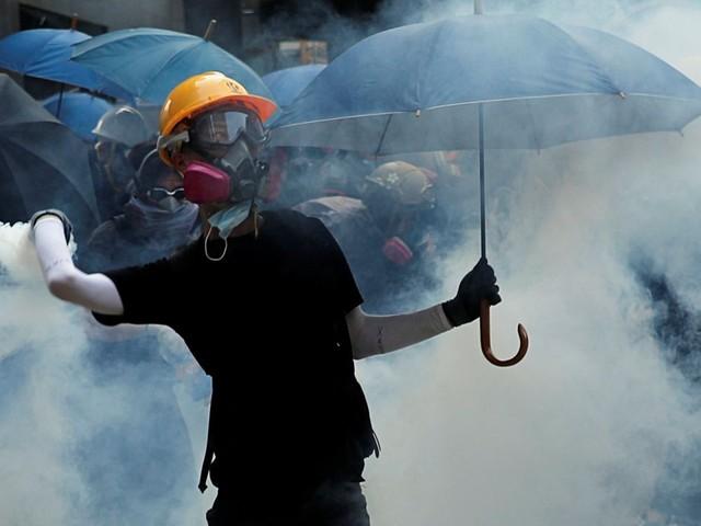 De nouveaux heurts éclatent à Hong Kong