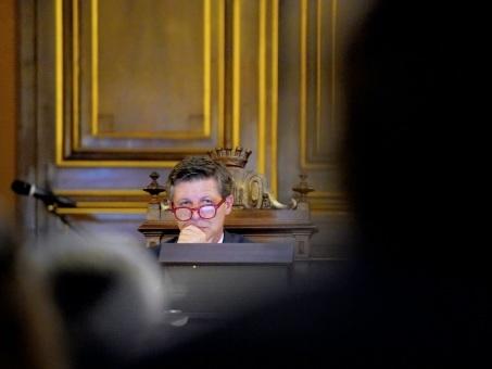 """""""Gilets jaunes"""": """"risques avérés"""" de violences à Bordeaux, le maire veut une """"ville morte"""""""