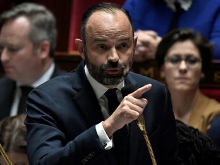 Retraites: la réforme contenue dans deux projets de loi, réunions sur le financement à Matignon