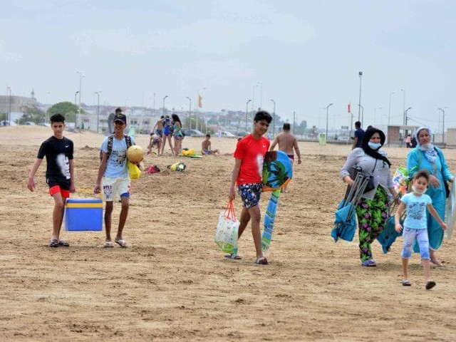 Coronavirus au Maroc : les plages, foyers de contamination ?