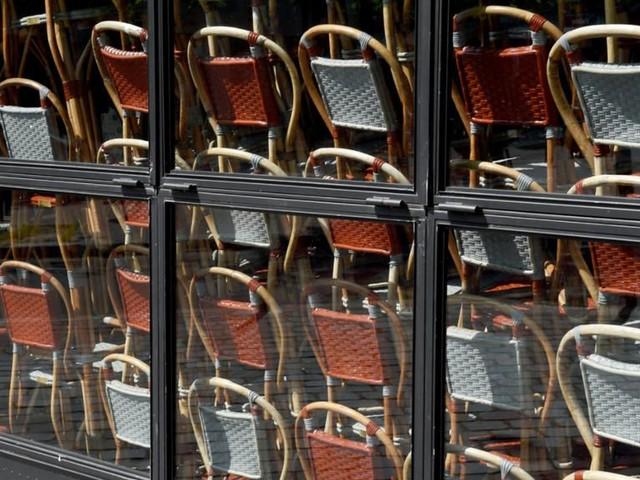 Couvre-feu : le désarroi des restaurateurs français