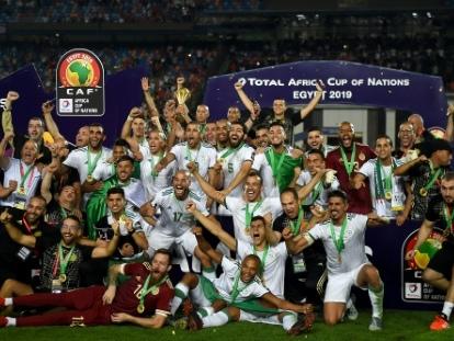 L'Algérie s'offre un match de gala contre la Colombie à Lille, sous haute surveillance