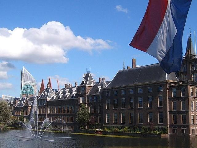 Les députés néerlandais votent la reconnaissance du génocide arménien