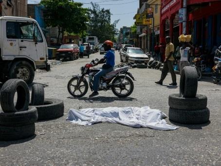 """Politique et gangs en Haïti: """"Le pouvoir a perdu la guerre des rues"""""""