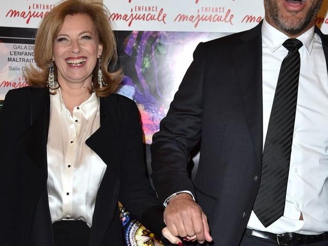 Valérie Trierweiler : Très chic et rieuse au bras de son chéri Romain Magellan