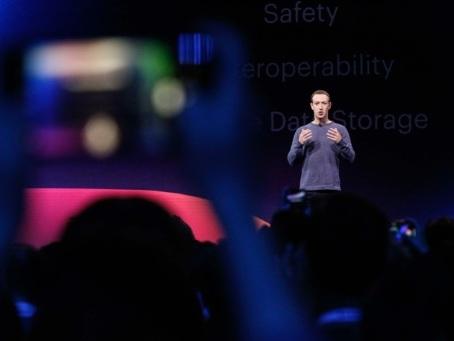 """La """"Cour suprême"""" de Facebook pourra annuler les décisions de Mark Zuckerberg"""