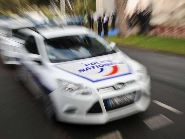 Agen: il assène un coup de poing à une conductrice