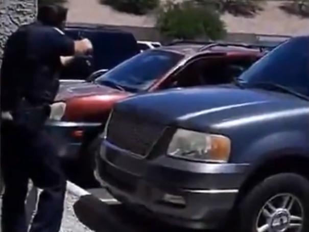 Etats-Unis: l'arrestation musclée d'une famille noire pour une poupée (vidéo)