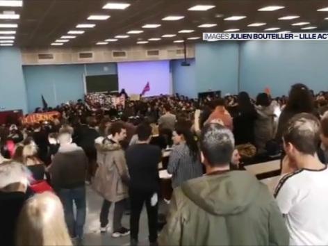 Une conférence de François Hollande annulée après des débordementsà l'université de Lille