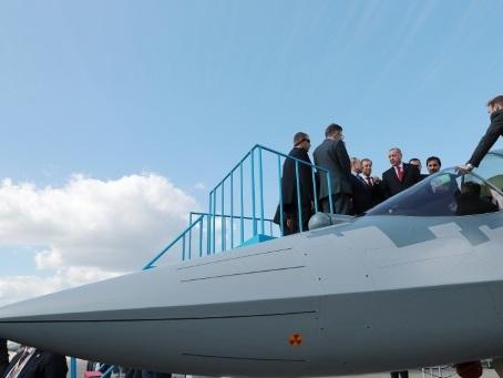 A Moscou, l'industrie aéronautique russe parade pour conjurer la morosité