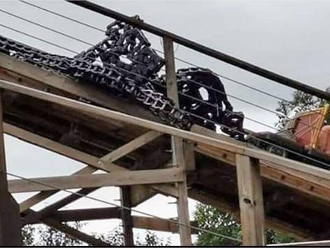 Europa Park : la chaîne d'une attraction de montagnes russes se casse dans une montée